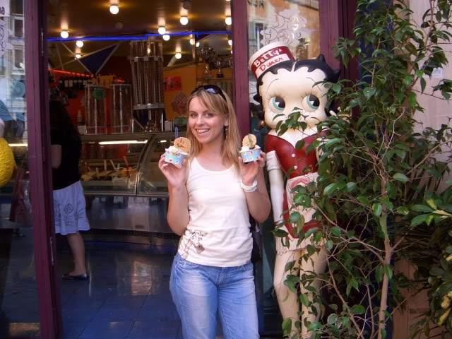 ai365.photobucket.com_albums_oo91_LilianaPinheiro_Julho2009_CIMG0155.