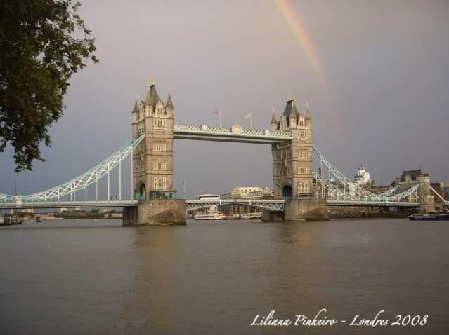 ai365.photobucket.com_albums_oo91_LilianaPinheiro_London_20City_20__202008_CIMG0367.