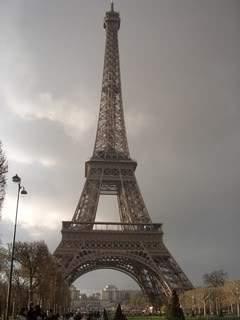 ai365.photobucket.com_albums_oo91_LilianaPinheiro_Paris_CIMG0016.