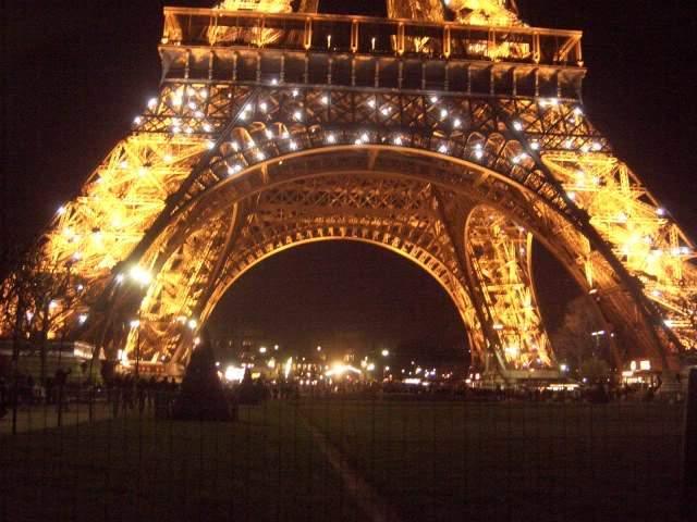 ai365.photobucket.com_albums_oo91_LilianaPinheiro_Paris_CIMG0032_1.