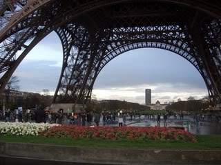 ai365.photobucket.com_albums_oo91_LilianaPinheiro_Paris_CIMG0037.