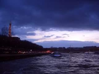ai365.photobucket.com_albums_oo91_LilianaPinheiro_Paris_CIMG0094.