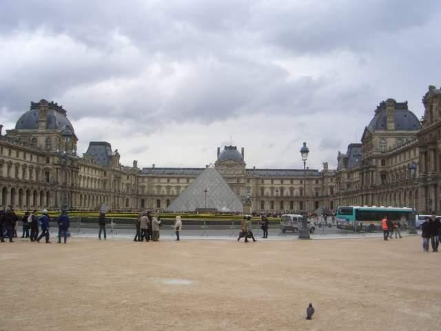 ai365.photobucket.com_albums_oo91_LilianaPinheiro_Paris_CIMG0097_1.