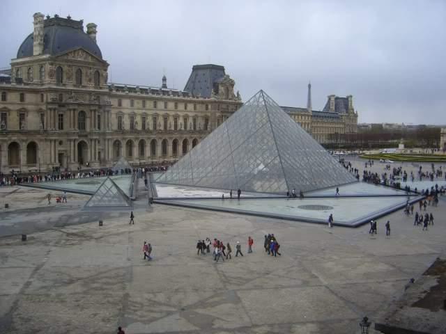 ai365.photobucket.com_albums_oo91_LilianaPinheiro_Paris_CIMG0221.