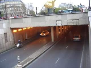 ai365.photobucket.com_albums_oo91_LilianaPinheiro_Paris_CIMG0259.