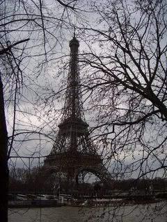 ai365.photobucket.com_albums_oo91_LilianaPinheiro_Paris_CIMG0262.