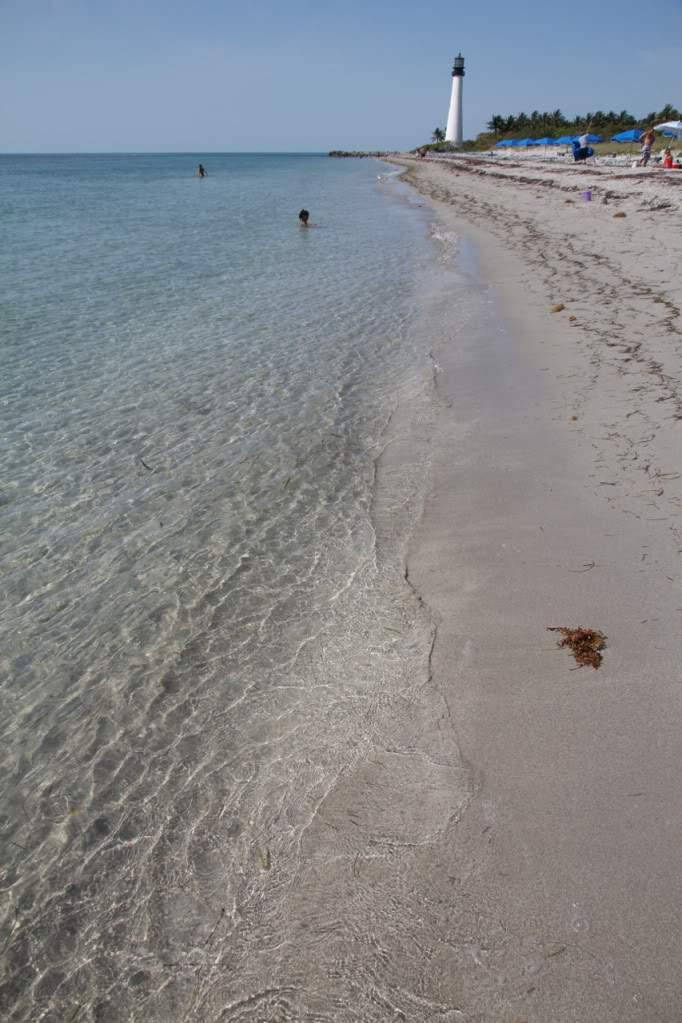 ai876.photobucket.com_albums_ab325_caluPT_Miami_20and_20Keys_CapeFloridaBeach2.