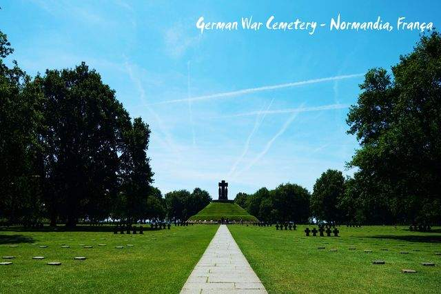 as27.postimg.org_641g5yaib_16_La_Cambe_German_War_Cemetery_Normandy_Franc.