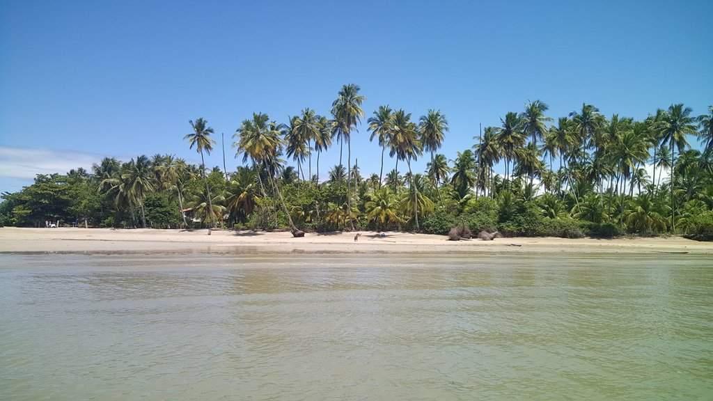 Praia de Bainema29665492_10216555390097616_6071088356116569338_o.